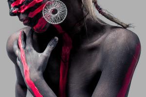 SplitShire imagem de mulher pintada